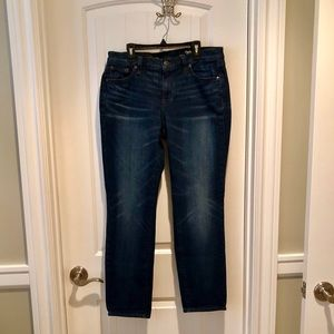 JCREW vintage broken in boyfriend jean B6348